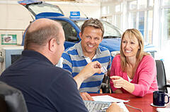 automobile dealerships accountants