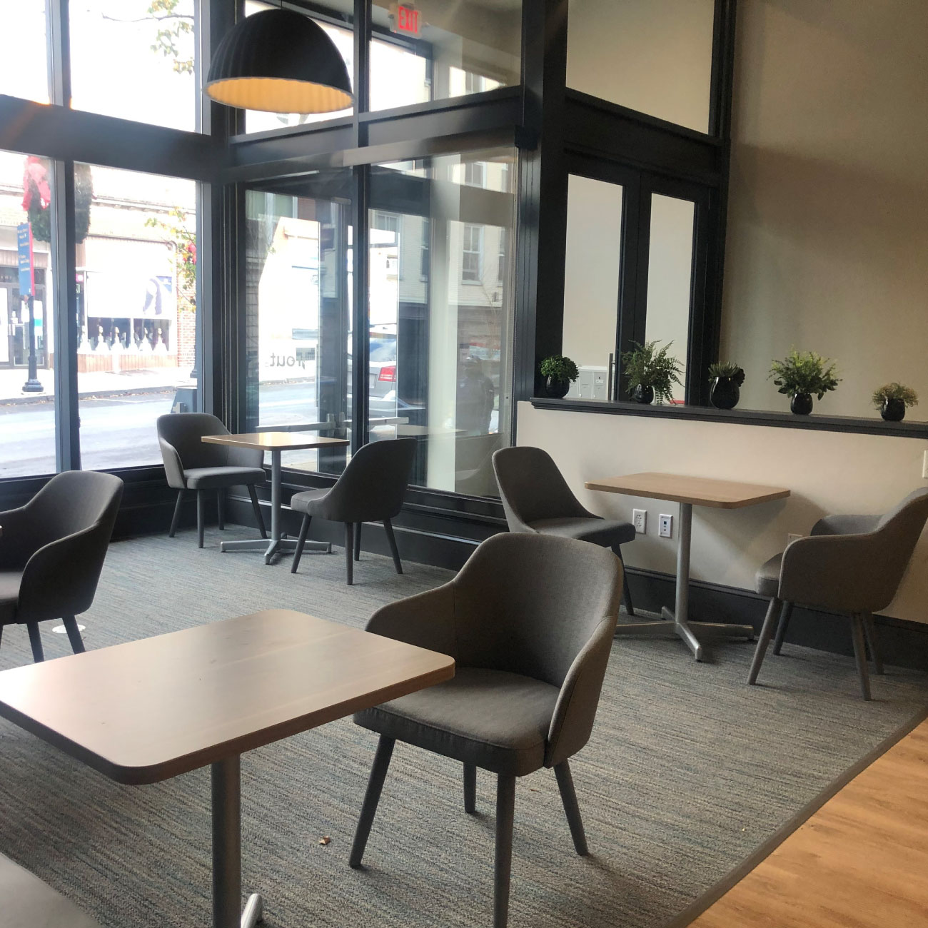 Cafe & Front Area 3