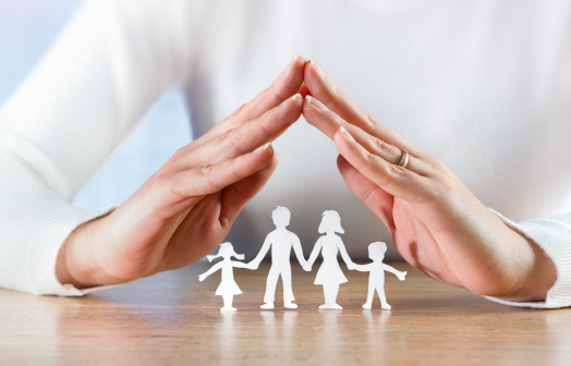 Image-of-someone-protecting-their-family-with-estate-planning2-1