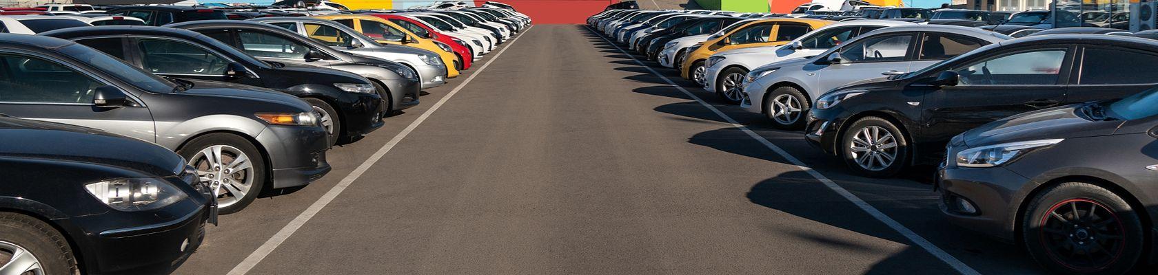 auto dealerships parking lot